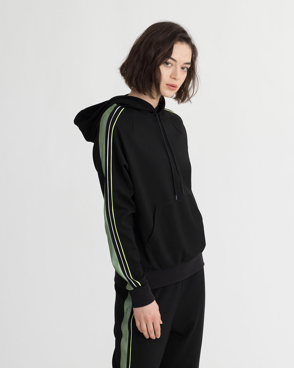 BEVIS HOODIE BLACK & IRIDESCENT LIME GREEN