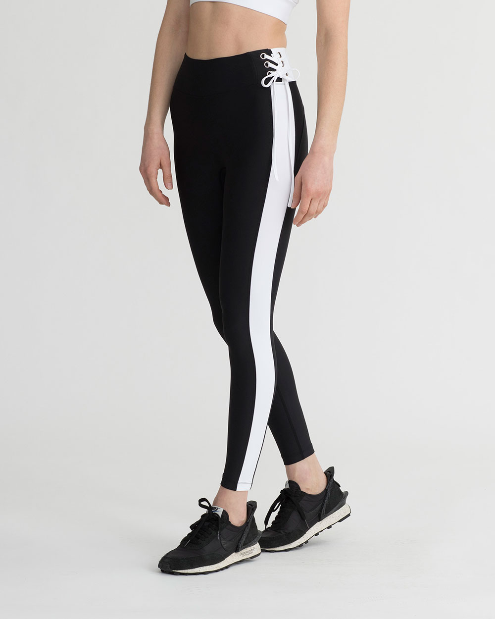 ELIA LEGGINGS BLACK & WHITE COMBO