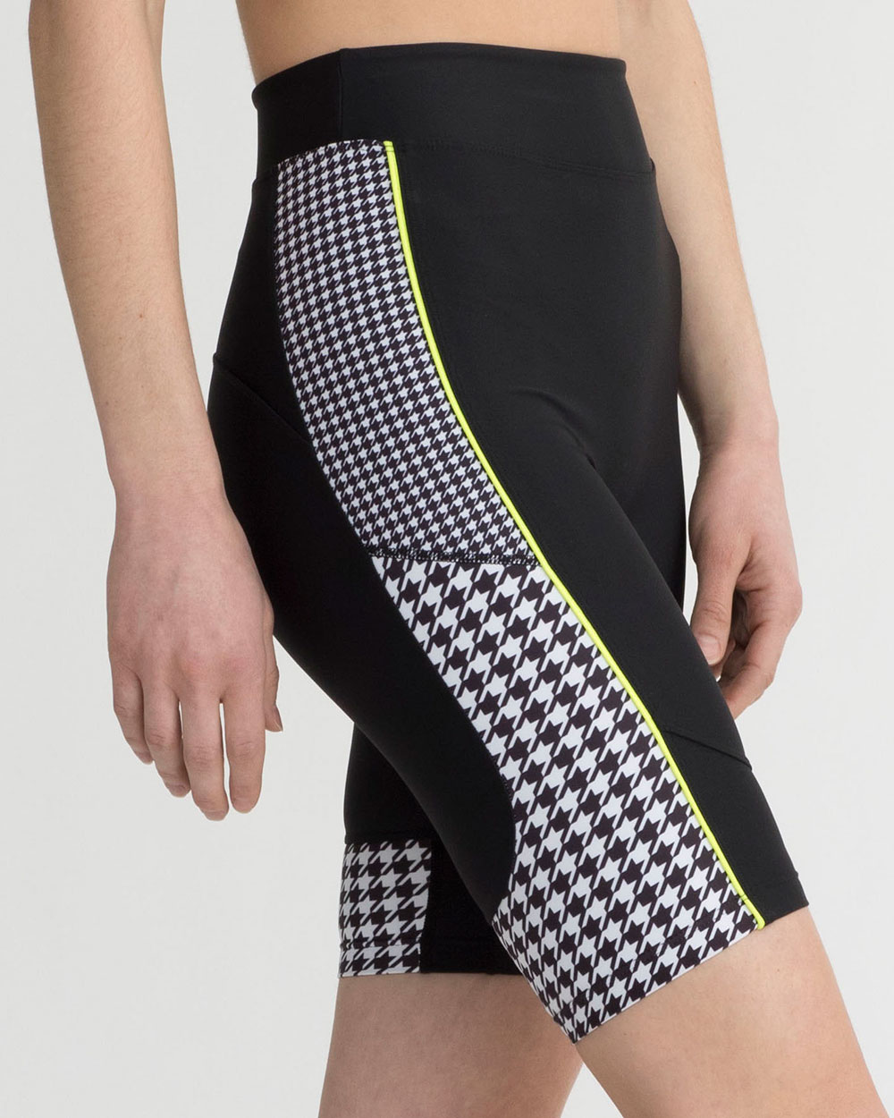 MALVERN SHORTS BLACK & WHITE HOUNDSTOOTH COMBO
