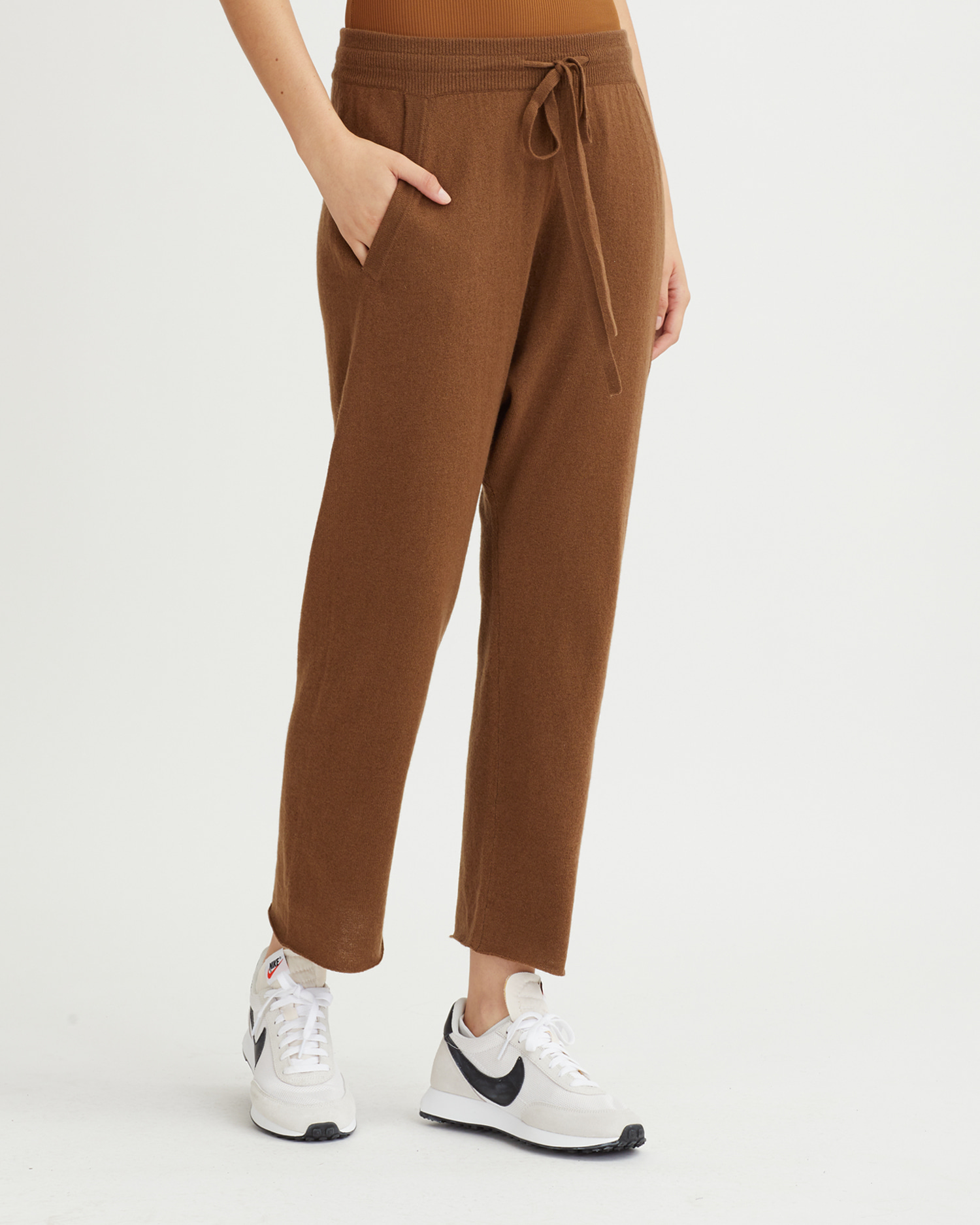 NILA PANTS WALNUT